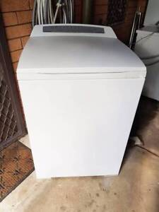 8kg Fisher and Paykel Aquasmart top load washing machine Ferny Hills Brisbane North West Preview