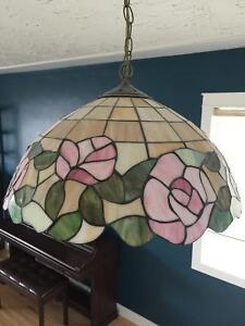Vintage Tiffany style floral stained glass hanging lamp