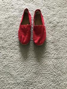 Red Toms worn once