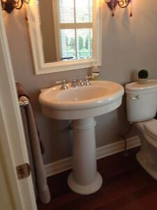 HIGH END AMERICAN STANDARD PEDESTAL SINK Stratford Kitchener Area image 1