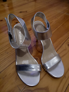 Silver women high heel size 8 (Almost New) Glynde Norwood Area Preview