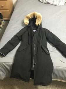 Canada Goose womens online authentic - Canada Goose Jacket | Buy or Sell Clothing in Markham / York ...