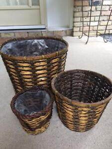 3 MATCHING WICKER BASKETS - FOR PLANTS OR STORAGE - ALL FOR $10