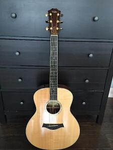 Taylor GS8 Acoustic Guitar with ES pickup system St. John's Newfoundland image 1