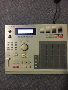 Akai MPC 2000 Classic Sampler/Drum Machine Indooroopilly Brisbane South West Preview