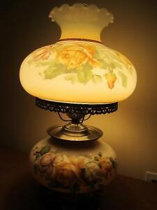 Vintage Large size Hand Painted glass table lamp Kitchener / Waterloo Kitchener Area image 3