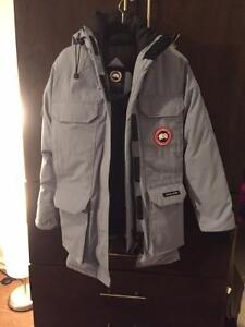 Canada Goose vest replica official - Canada Goose Expedition Jacket | Buy & Sell Items, Tickets or Tech ...