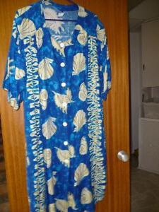 LADIES BLOUSES 2 XL 3 XL North Shore Greater Vancouver Area image 1
