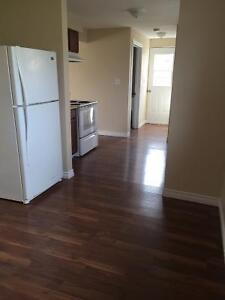 3290 Bloomfield Road - Newly Renovated!