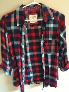 Abercrombie and Fitch plaid button up Size S Kitchener / Waterloo Kitchener Area image 1