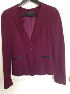FOREVER NEW burgundy blazer