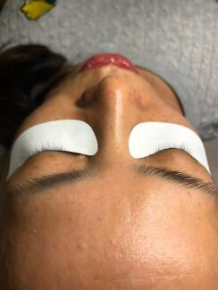 Classic and 2D EyeLash Extensions