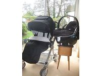 Mamas & Papas Urbo Pram set in black.