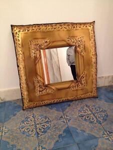 Miroir Decoratif Artisanal *** Decorative Artisinal Mirro
