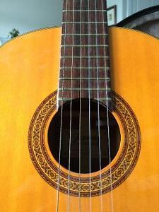 Classical guitar Regina Regina Area image 1