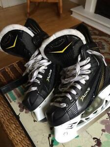 New CCM Tacks Hockey skates - Size 6D