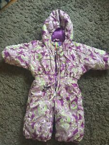 Kids ski suit - size 0 Box Hill Whitehorse Area Preview