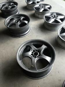 Motegi DV5 5X100 18x8 ET41 Refinished in Gunmetal