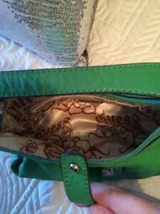 Green Guess purse Kitchener / Waterloo Kitchener Area image 2