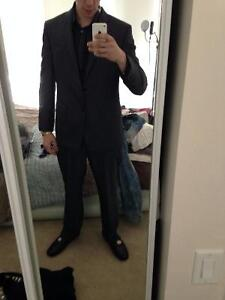 5 piece VERSACE suit  Mens large, very easy to get tailored