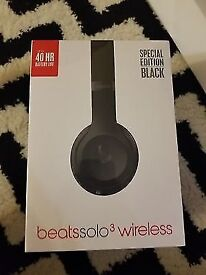 Beats Solo 3 black wireless headphones New and sealed
