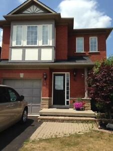 Superb Townhouse for rent in Ancaster