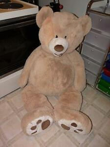 Very large teddy bear