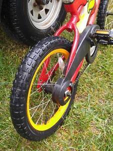 Huffy 'On Track'  boys bike. $20.00. Mint! London Ontario image 2