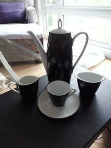 Elegant black and white porcelain coffee/tea set Cambridge Kitchener Area image 1