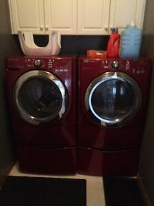 Washer and Dryer 0n Peditols
