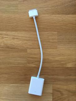 Gently used  ipad 3rd generation, iphone 4/4s VGA connection.