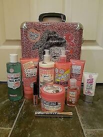 Large soap and glory gift set