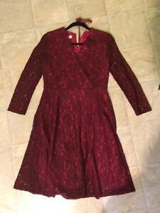 Red/pink Women's Long-sleeve Lace Dress