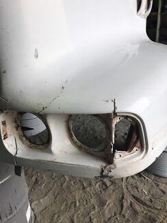 Boat and fibreglass repairs. Truck repairs. Atwell Cockburn Area Preview