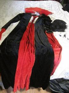 Halloween costume with wig & makeup-STRATHROY