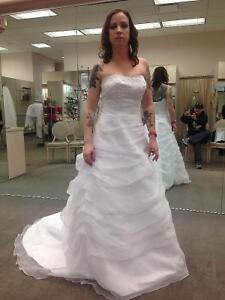 Brand new Organza wedding dress