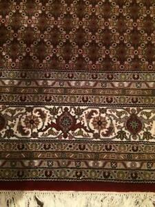 Beautiful Persian Rug - Wool with Silk Inlay Lilyfield Leichhardt Area Preview