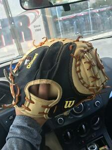 High End Catchers Glove for sale. Perfect Condition Peterborough Peterborough Area image 3