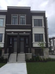 Brand new town home for lease Richmond Hill Bayview Secondary
