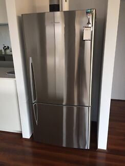 Fridge/Freezer For Sale (Fisher and Paykel)