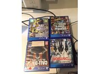 Playstation 4. 2 Controllers with (Fifa 17 - GTA V - Call of Duty Bo3 - The division)