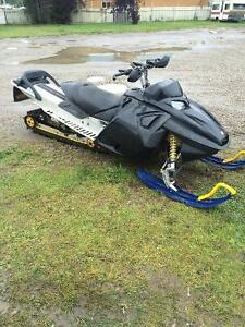 2005 Skidoo Highmark X 1000 for trade