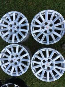 4 mags 17 pouces cadillac 5x120