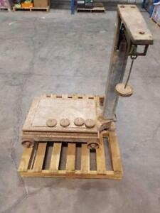 Antique / Vintage Rolling Weigh Scale