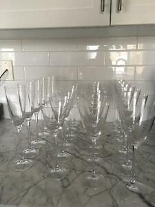 24 Piece Crystal Glass Set