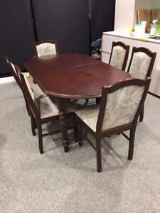 6 seater extendable table Rowville Knox Area Preview