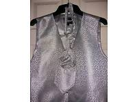 Slaters silver Scroll evening wedding waistcoat and tie set size chest 48