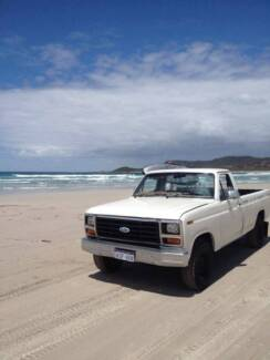 1984 Ford F100 Ute
