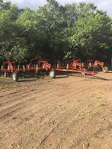 Bourgault 42 ft NH3 cultivator