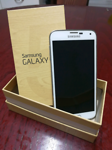 Samsung Galaxy S5 Girrawheen Wanneroo Area Preview